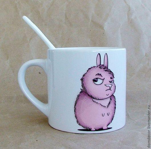 """Кружки и чашки ручной работы. Ярмарка Мастеров - ручная работа. Купить Чашка с ложкой """"Я не толстая, я пушистая!"""". Handmade. Розовый"""