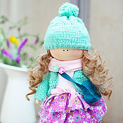 """Куклы и игрушки ручной работы. Ярмарка Мастеров - ручная работа Текстильная интерьерная кукла """"Малышка в мятном кардигане"""". Handmade."""