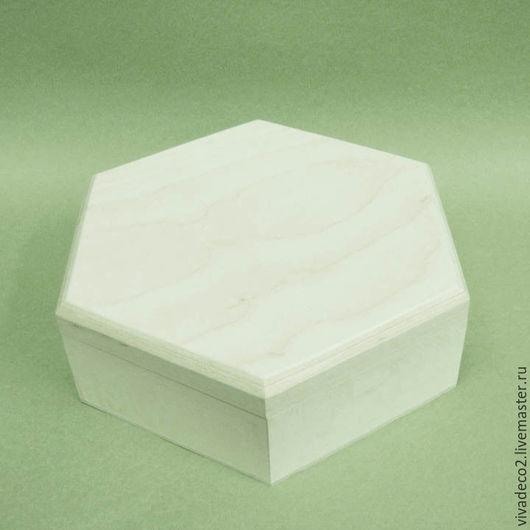 Шкатулка шестигранная малая  из натурального дерева, липа    арт 3003     12,5х5,5 2/0   325 руб арт 3002  13,5х5,5   2/0  345 руб