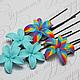 """Шпильки для волос с бирюзовыми цветами лилий и цветами фантазийной окраски """"радуга""""\r\nЦена 150р за шт"""