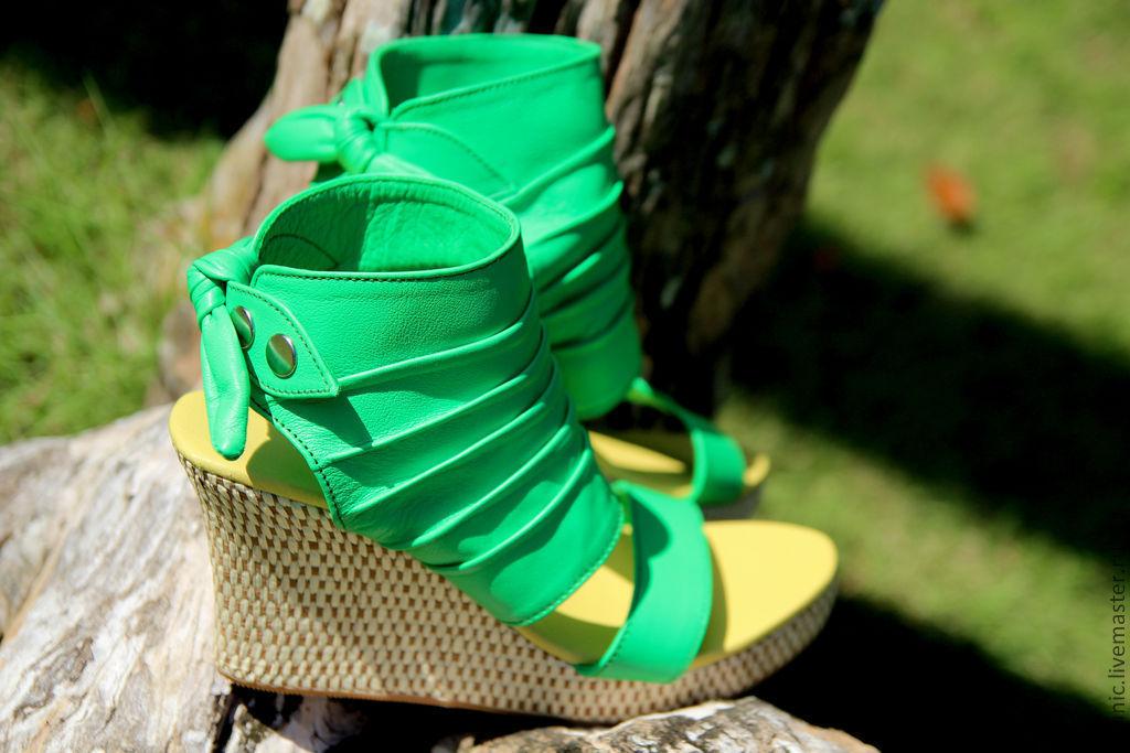 Обувь ручной работы. Ярмарка Мастеров - ручная работа. Купить Туфли на  танкетке из натуральной ... 224a24c32c2