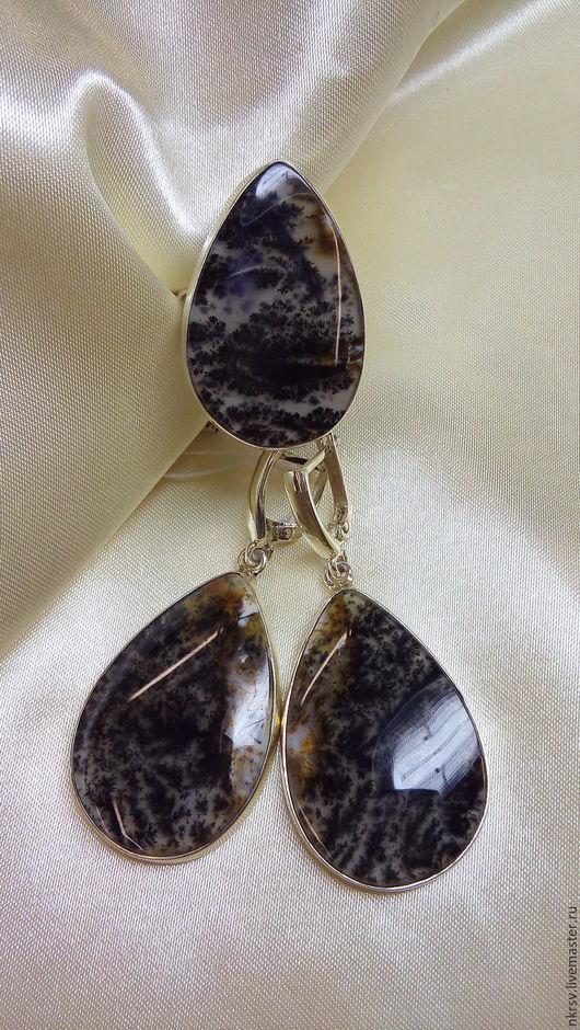 Комплект украшений ручной работы из натурального мохового агата в серебре.