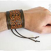 Кельтский браслет из кожи Лабиринт