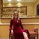 Бархатное платье на запах цвета Марсала