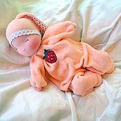 """Куклы и игрушки ручной работы. Ярмарка Мастеров - ручная работа Баинька """"Зайка Клубничка"""". Handmade."""