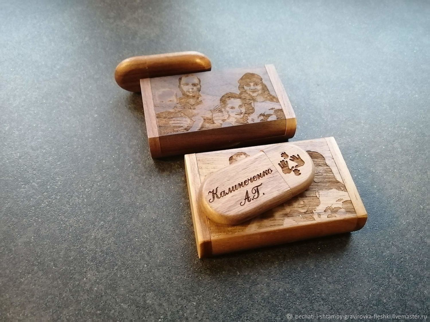 Wooden flash drive with engraving in a box, any design, Flash drives, Barnaul,  Фото №1