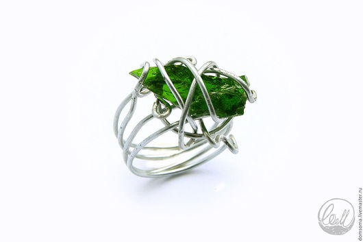 Кольца ручной работы. Ярмарка Мастеров - ручная работа. Купить Кольцо с хромдиопсидом. Handmade. Тёмно-зелёный, светло-зеленый