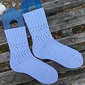 Аксессуары ручной работы. Ярмарка Мастеров - ручная работа Женские вязаные носки голубые. Handmade.