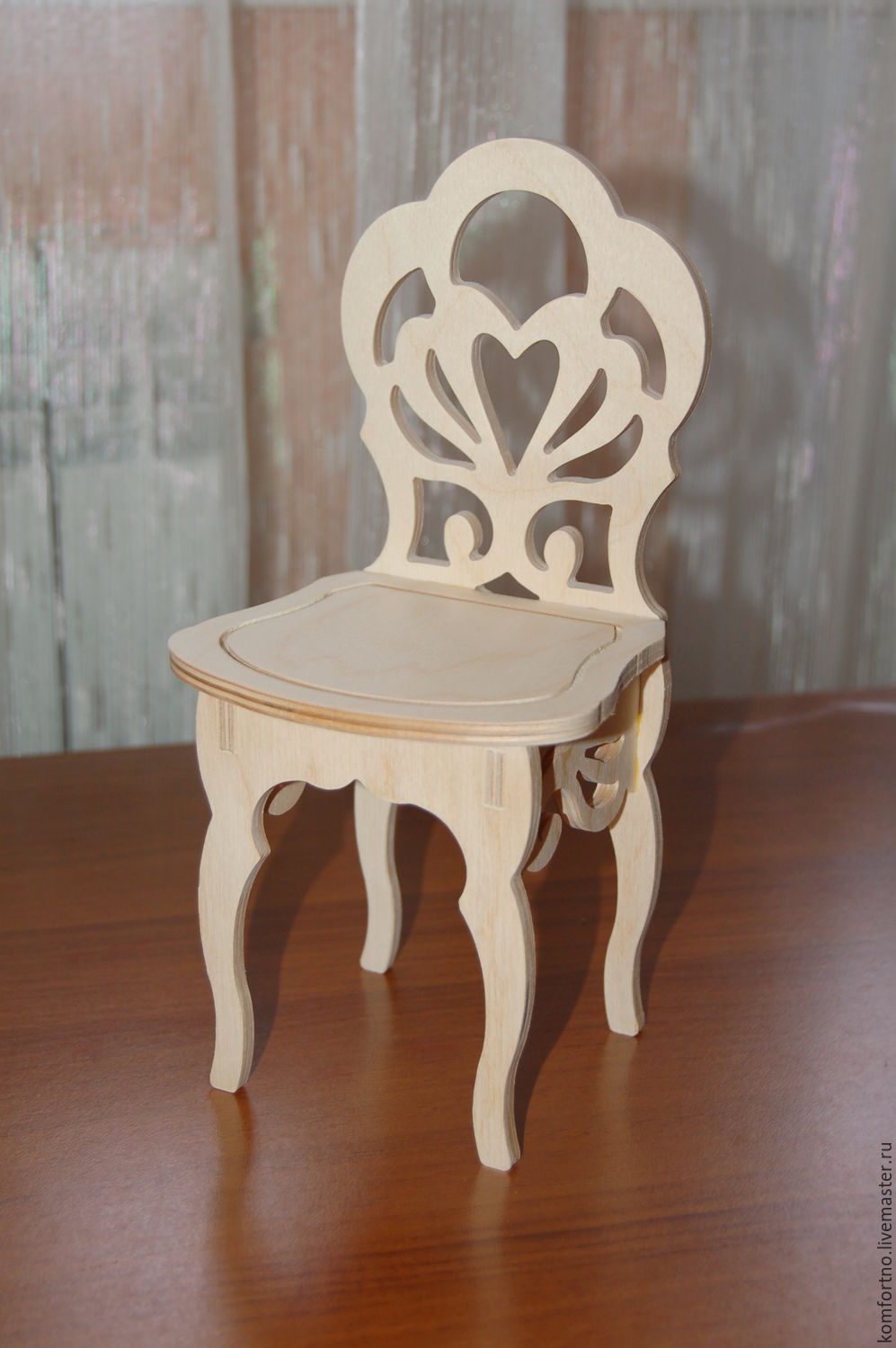 Doll high chair.234.Blank for decoupage and painting.
