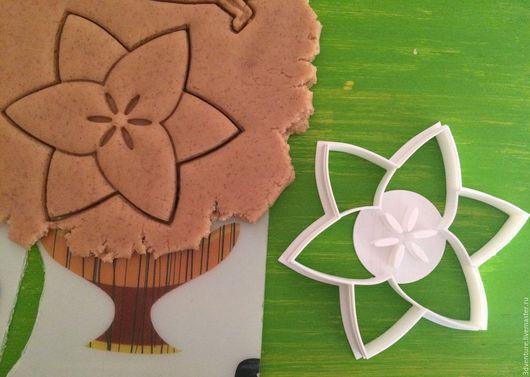 Кухня ручной работы. Ярмарка Мастеров - ручная работа. Купить Форма для печенья Цветок. Handmade. Разноцветный, формочка для печенья