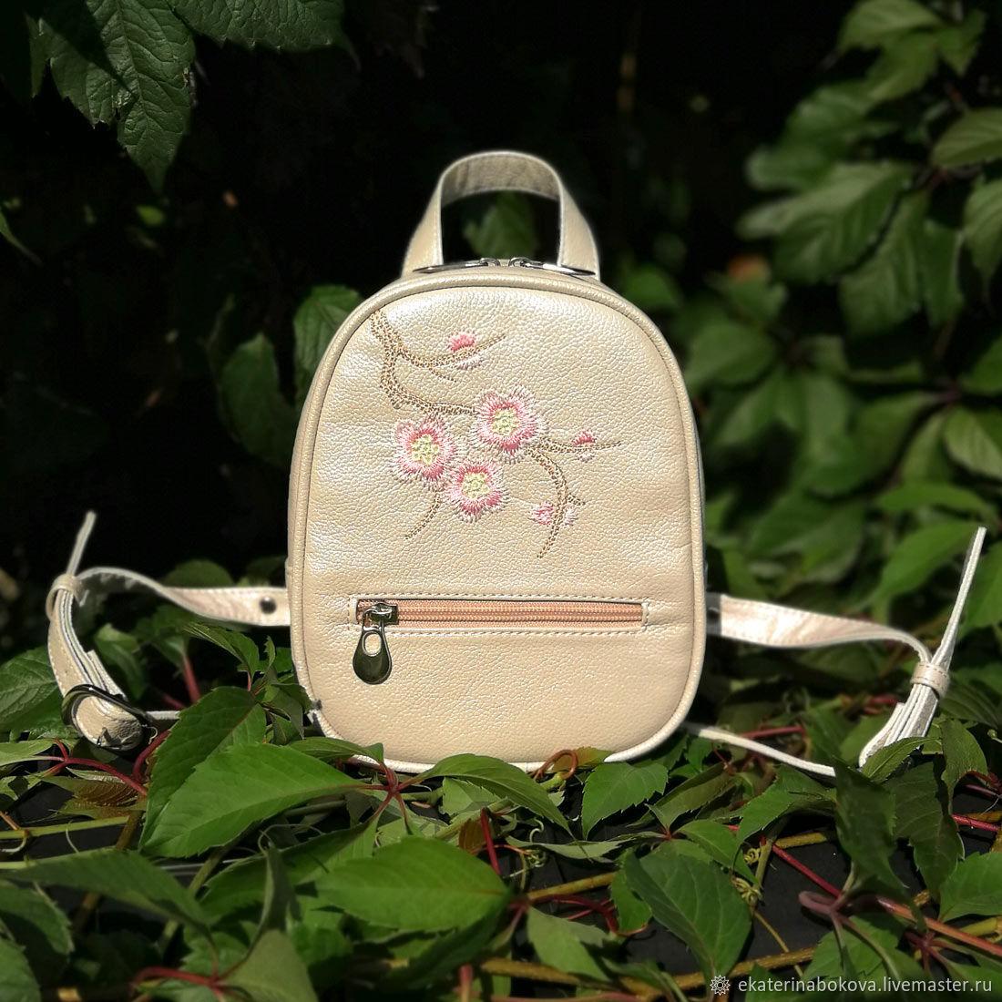 Рюкзачок с вышивкой, Рюкзаки, Фрязино, Фото №1