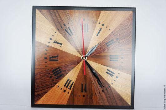 Часы `Браунвуд`
