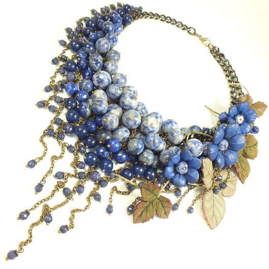 Колье, бусы ручной работы. Ярмарка Мастеров - ручная работа. Купить Синее Парфе. Колье из натуральных камней, цветы из кожи. Handmade.