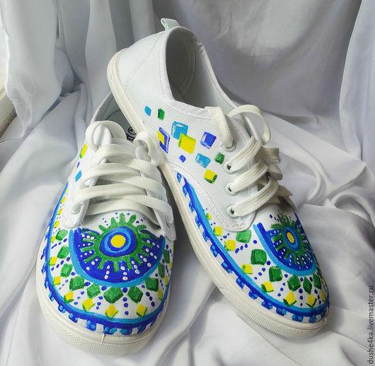 """Обувь ручной работы. Ярмарка Мастеров - ручная работа. Купить Кеды  женские с рисунком на заказ.""""Солнечный ромб"""". Роспись. Handmade."""