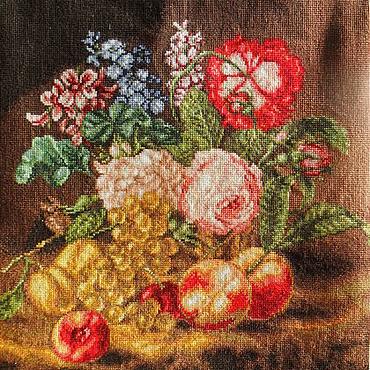 Картины и панно ручной работы. Ярмарка Мастеров - ручная работа Картина Натюрморт Цветы и фрукты с ручной вышивкой крестом без рамы. Handmade.
