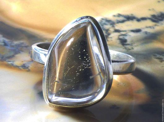 """Кольца ручной работы. Ярмарка Мастеров - ручная работа. Купить """"Дым"""" кольцо с  топазом. Handmade. Белый, кольцо серебро"""