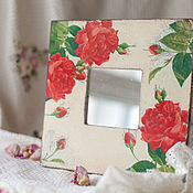 """Для дома и интерьера ручной работы. Ярмарка Мастеров - ручная работа Зеркало """"Алые розы"""". Handmade."""