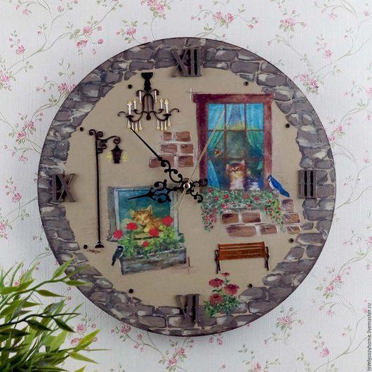 """Часы для дома ручной работы. Ярмарка Мастеров - ручная работа. Купить Часы настенные  """" Московских окон негасимый свет """". Handmade."""
