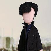 Куклы и игрушки ручной работы. Ярмарка Мастеров - ручная работа Шерлок Холмс - кукла ручной работы по мотивам ббс-шного сериала Шерлок. Handmade.