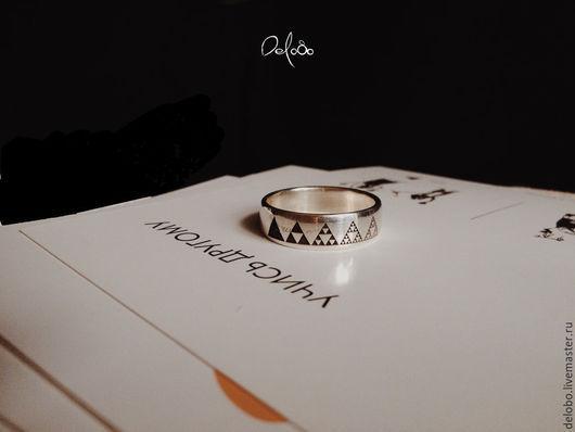 Кольца ручной работы. Ярмарка Мастеров - ручная работа. Купить EVOLUTION кольцо с гравировкой (серебро 925). Handmade. Белый, треугольник
