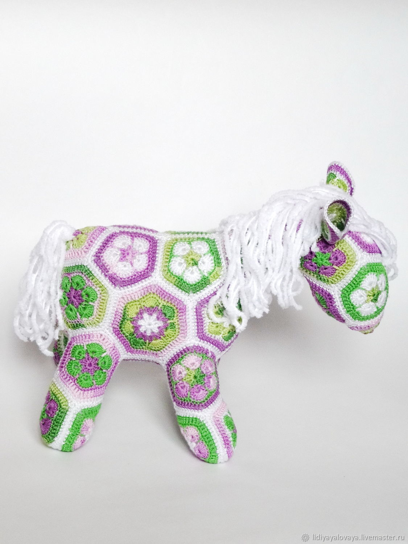 Knitted horse, horse crochet horse soft toy horse motives, horse.