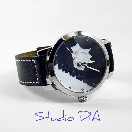 Оригинальные Дизайнерские Часы Пианино и Ноты. Студия Дизайнерских Часов И Кулонов DIA.