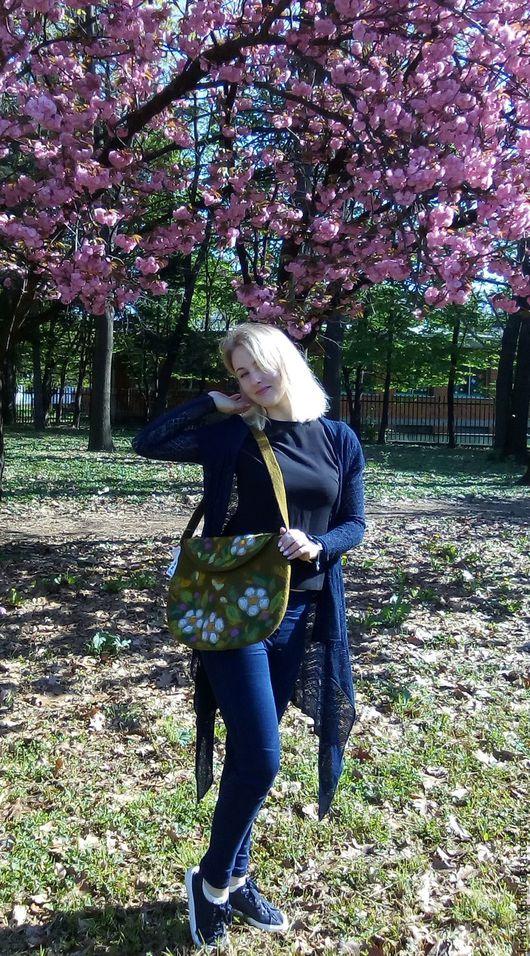 Женские сумки ручной работы. Ярмарка Мастеров - ручная работа. Купить Сумка валяная Полевые цветы. Handmade. Тёмно-зелёный