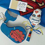 Подарки к праздникам ручной работы. Ярмарка Мастеров - ручная работа Набор для малыша- погремушка и интерьерная игрушка с метрикой. Handmade.
