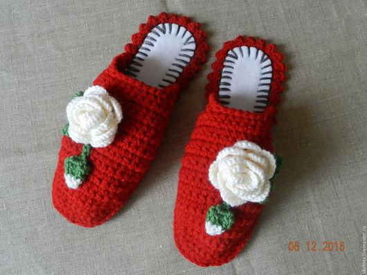 """Обувь ручной работы. Ярмарка Мастеров - ручная работа. Купить """"Страсные Розочки"""" тапочки  (подошва валяная). Handmade. Розы, подарок"""