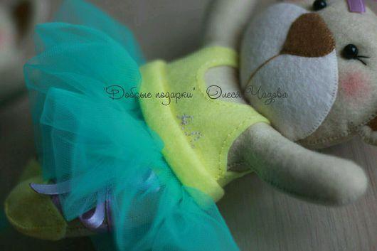 Игрушки животные, ручной работы. Ярмарка Мастеров - ручная работа. Купить Мишка - балерина,  игрушка из фетра. Handmade. Мишка, бусины