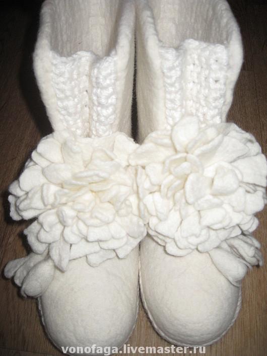 Обувь ручной работы. Ярмарка Мастеров - ручная работа. Купить Валенки. Handmade. Валенки для улицы, шерсть
