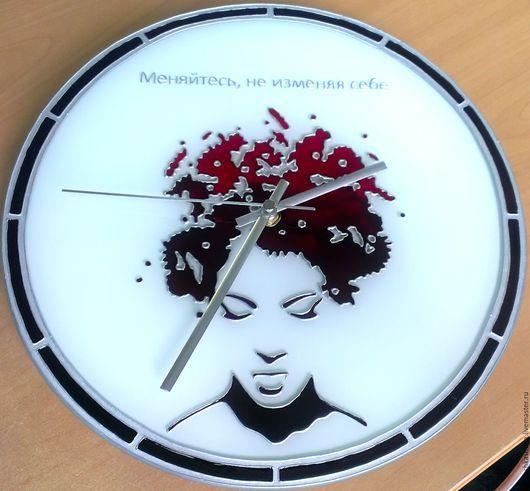 Часы для дома ручной работы. Ярмарка Мастеров - ручная работа. Купить Часы «Меняйтесь, не изменяя себе». Handmade. Часы, девушка