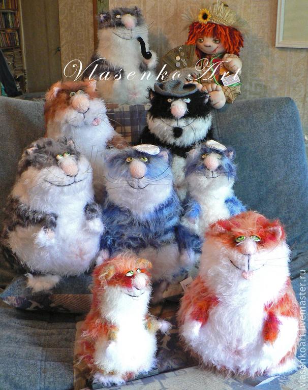 Игрушки животные, ручной работы. Ярмарка Мастеров - ручная работа. Купить Вязаные котики. Handmade. Кот, подарок девушке