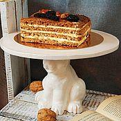 Тарелки ручной работы. Ярмарка Мастеров - ручная работа Подставка для торта Bunny. Handmade.