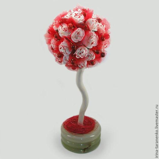 Дерево из коралла `Коралловые сны` в вазочке из оникса