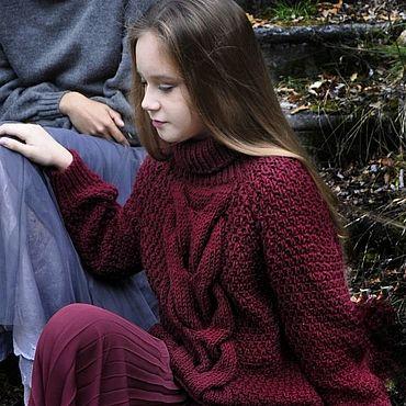 """Одежда ручной работы. Ярмарка Мастеров - ручная работа Пуловер ручной вязки """"Бургундия"""". Handmade."""