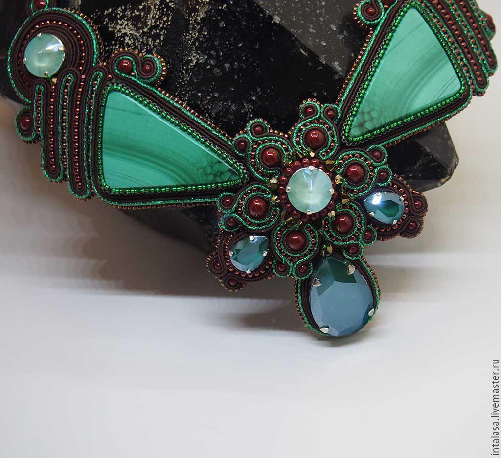 Soutache necklace with malachite