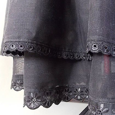 Одежда ручной работы. Ярмарка Мастеров - ручная работа Нижняя,черная длинная юбка отделанная шитьем. Handmade.