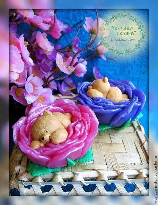 """Мыло ручной работы. Ярмарка Мастеров - ручная работа. Купить Мыло ручной работы """"Мишка в розе"""". Handmade. Подарок, ребенку"""