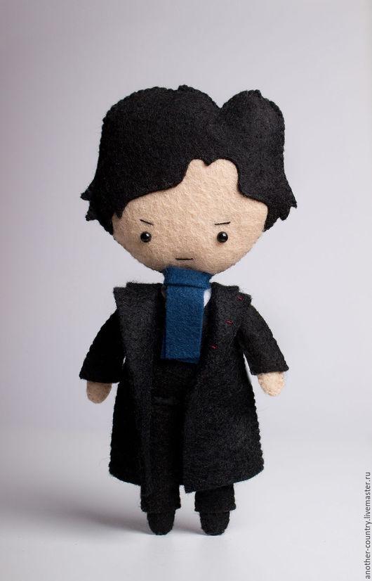 Коллекционные куклы ручной работы. Ярмарка Мастеров - ручная работа. Купить Шерлок Холмс - кукла ручной работы по мотивам сериала Шерлок BBC. Handmade.