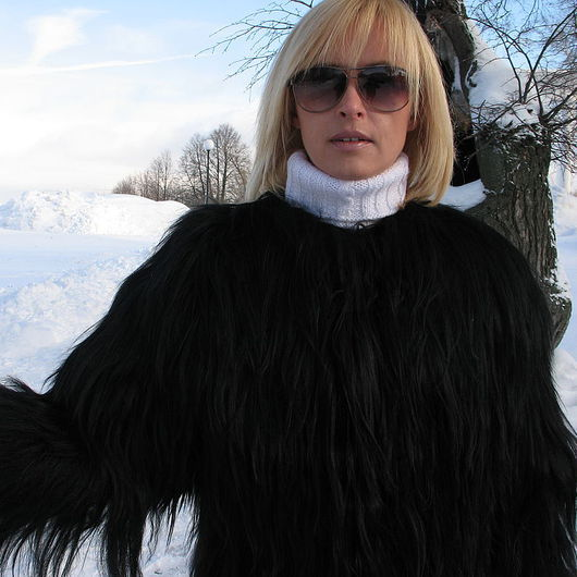 """Верхняя одежда ручной работы. Ярмарка Мастеров - ручная работа. Купить Шубка """" Черный лебедь """" из козлика. Handmade."""