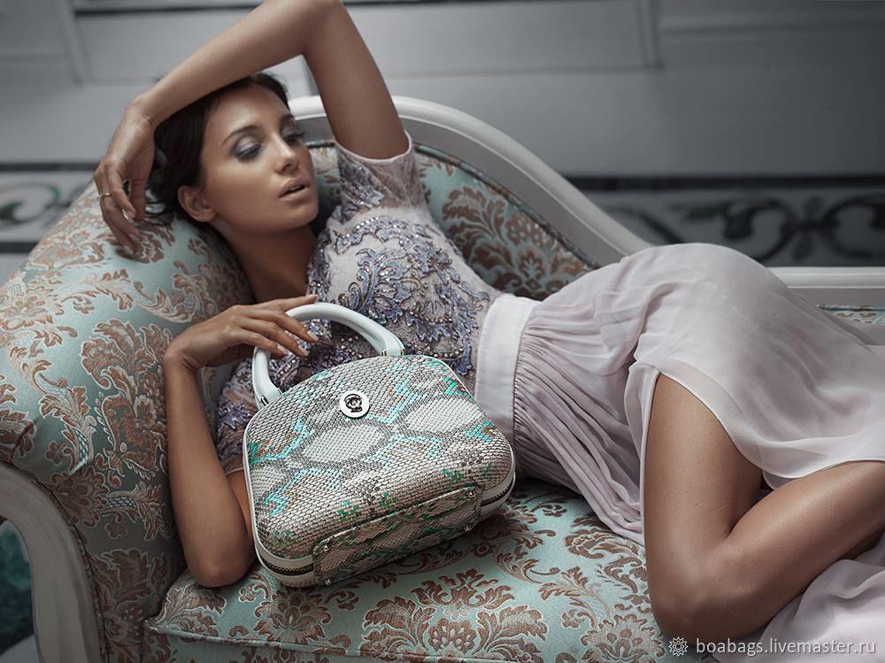Molded women's bag from Python ALYA, Classic Bag, Nizhny Novgorod,  Фото №1