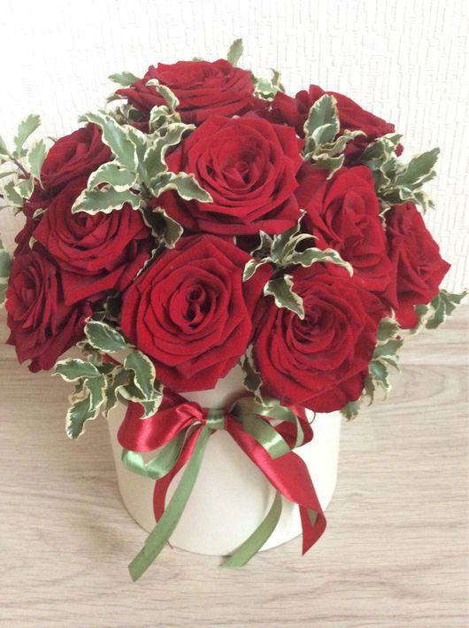 Букеты ручной работы. Ярмарка Мастеров - ручная работа. Купить Букет из живых роз в коробке. Handmade. 1сентября, коробочка с цветами