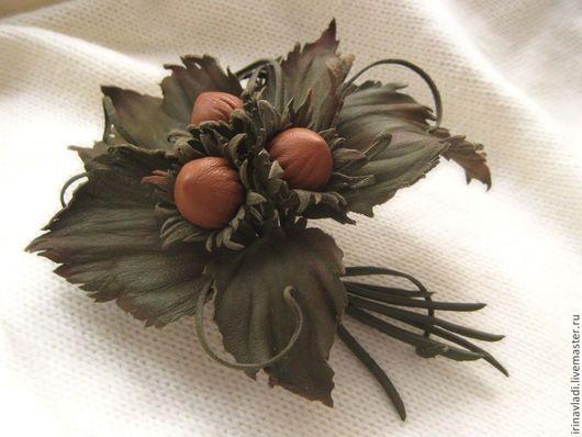 цветы из кожи, брошь цветок из кожи. заколка цветок из кожи, брошь три орешка орешки из натуральной кожи.  цветы ручной работы, искусственные цветы брошь.украшения из кожи, ободок для волос с цветко