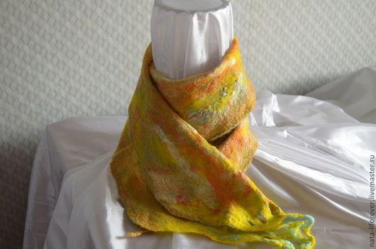 Шарфы и шарфики ручной работы. Ярмарка Мастеров - ручная работа. Купить Асимметричный шарф Перо Жар-Птицы. Handmade. Желтый