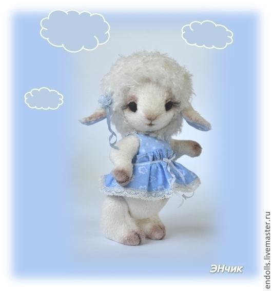 """Мишки Тедди ручной работы. Ярмарка Мастеров - ручная работа. Купить Овечка Дуняша, Коллекция """"Мечтающие в облаках"""". Handmade. Голубой"""