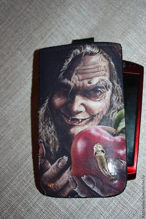 """Для телефонов ручной работы. Ярмарка Мастеров - ручная работа. Купить Чехол на телефон """"Apple"""". Handmade. Черный, кожаный чехол"""