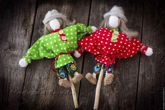 Народные куклы ручной работы. Ярмарка Мастеров - ручная работа. Купить народные игровые куклы Кулачники. Handmade. Подарки детям