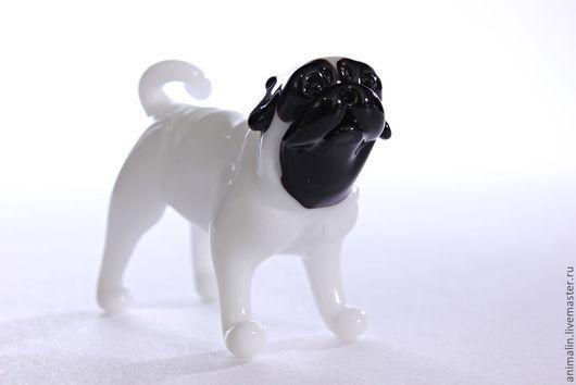 Миниатюра ручной работы. Ярмарка Мастеров - ручная работа. Купить Стеклянная фигурка собаки Мопса дю Валлон де Брасье де Пьерфон. Handmade.
