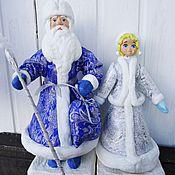 Подарки к праздникам ручной работы. Ярмарка Мастеров - ручная работа Дед Мороз и Снегурочка - ватные фигуры под ёлку. Handmade.